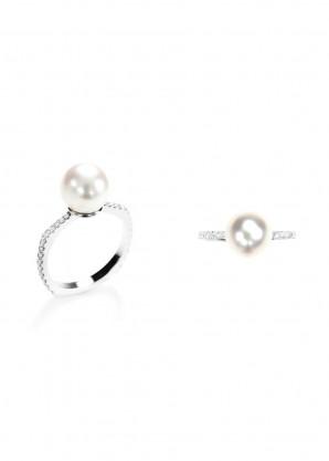 Ara Vartanian Pearl and diamonds ring